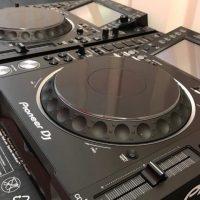 Pioneer Dj set 2x Cdj-2000 Nxs2 & Djm-900 Nxs2 +Hdj-2000 Mk2