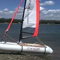 Prodam katamaran Minicat 310 sport